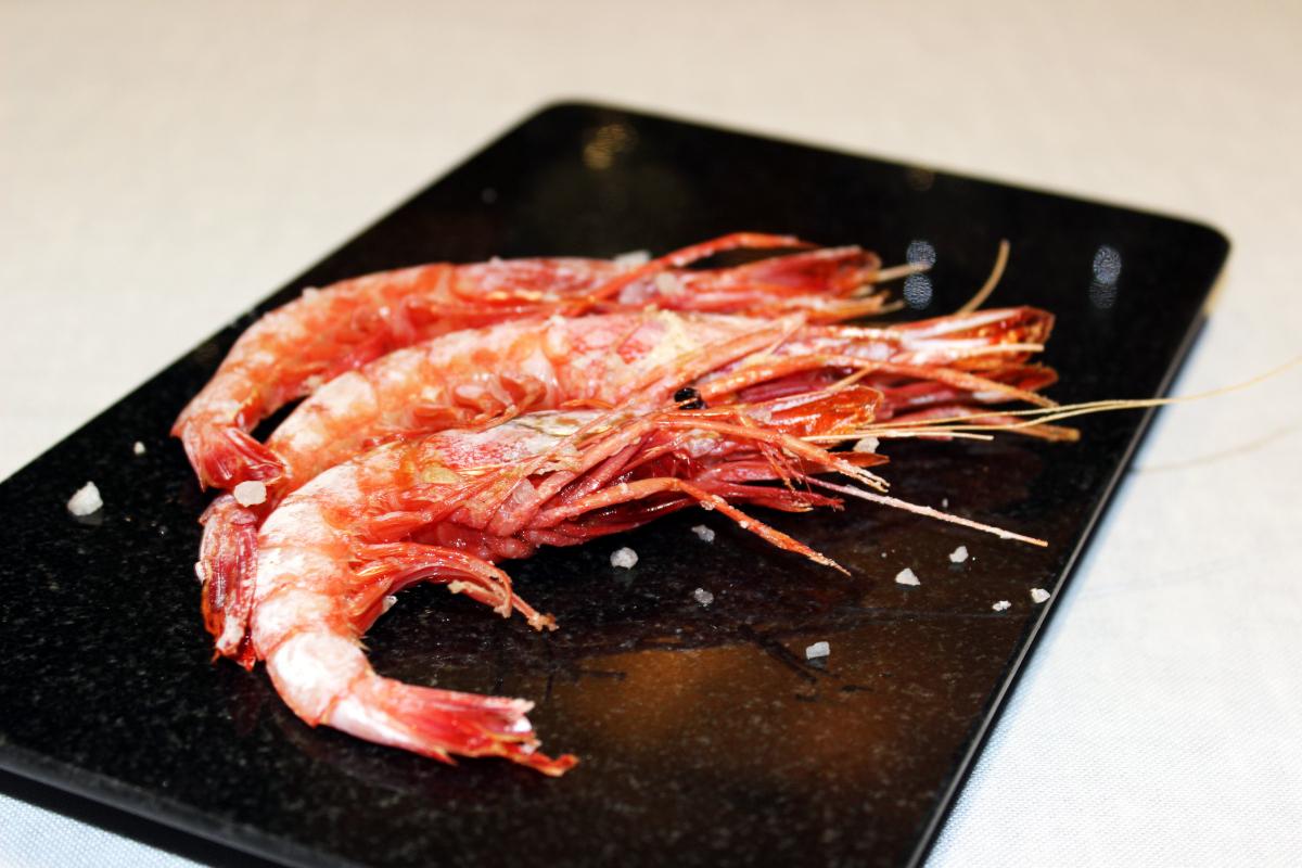 El menú degustación de verano propone un recorrido gastronómico por la provincia de Almería